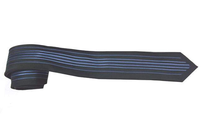 Ca vat mau xanh den ban nho CV117A - 140