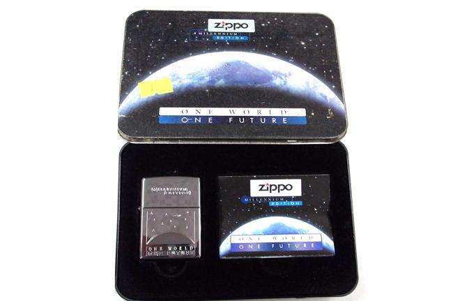 Bat lua zippo Titanium Millennium Edition doi XV (nam 1999) ntz976