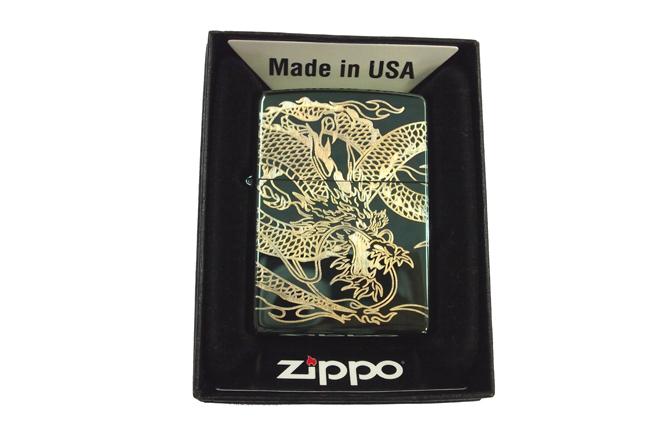 Zippo xanh luc dat hinh Rong vang ntz980