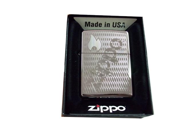 Bat lua zippo usa black ice khac 1 mat logo zippo NTZ424