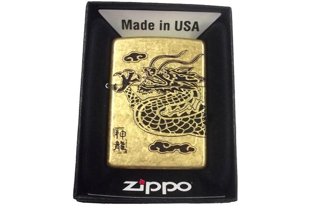 Zippo khac mon axit 4 mat hinh rong ntz949