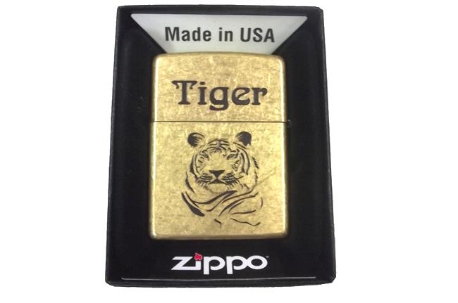 Zippo khac mon axit 2 mat hinh ho tiger ntz946