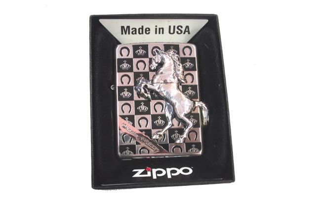 Zippo xuat nhat ngua noi xa cu trang ntz500