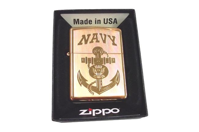 Zippo vang bong khac 2 mat hinh Navy ntz611