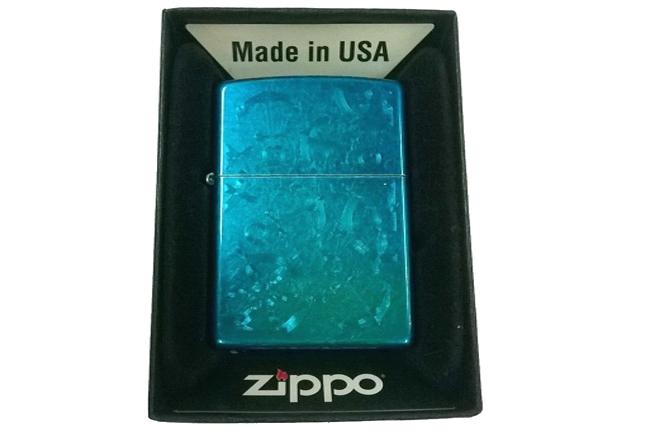 Hop quet Zippo son xanh duong bong  hinh mo neo ntz001