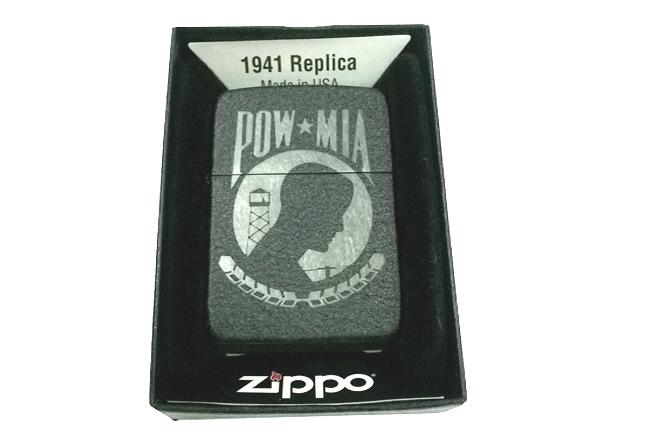 Hop quet Zippo bau den san hinh Pow Mia  ntz003