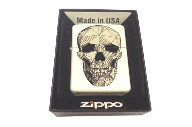 Hop quet Zippo catalog son trang 3D hinh Dau lau ntz140
