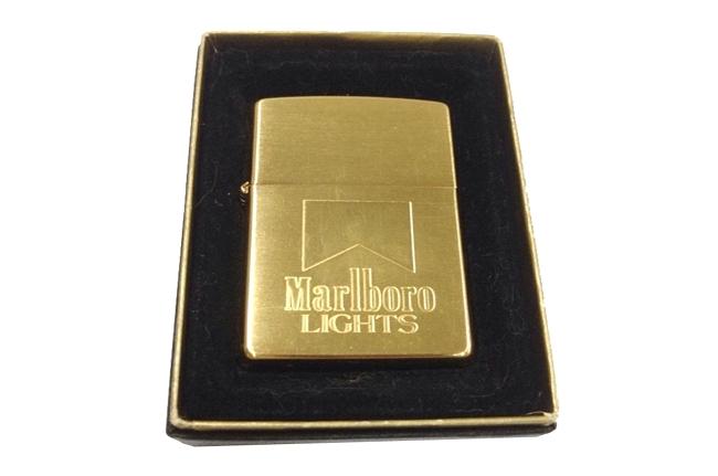 Zippo Marboro ma vang 18k doi XIV (1998) ntz330