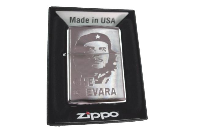 Zippo khac lazer 1 mat hinh Che ntz997