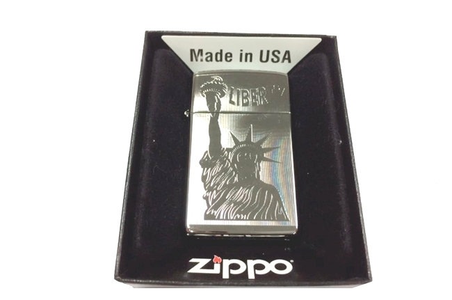 Zippo slim khac lazer 1 mat nu than tu do ntz462