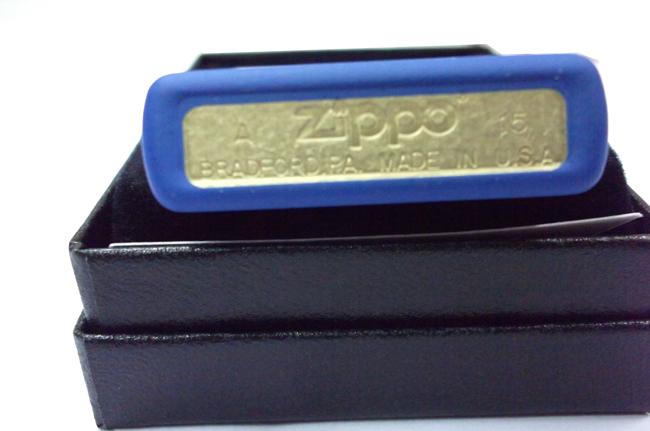 Hop quet Zippo son xanh duong logo ntz907 4