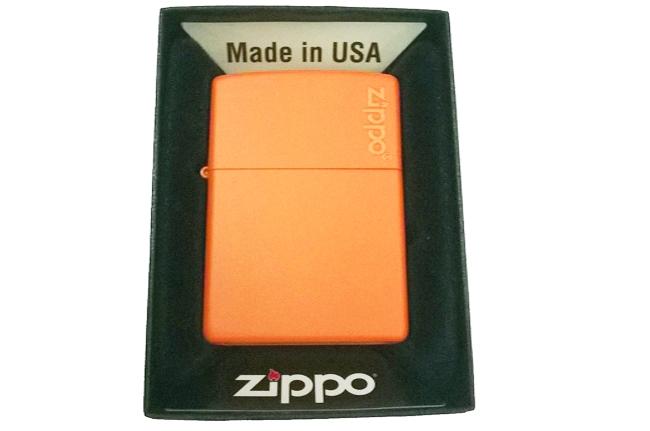 Hop quet Zippo son cam logo ntz005