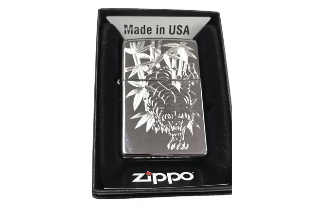 Bat lua zippo usa bong khac sieu sau 3d 1 mat hinh ho NTZ523