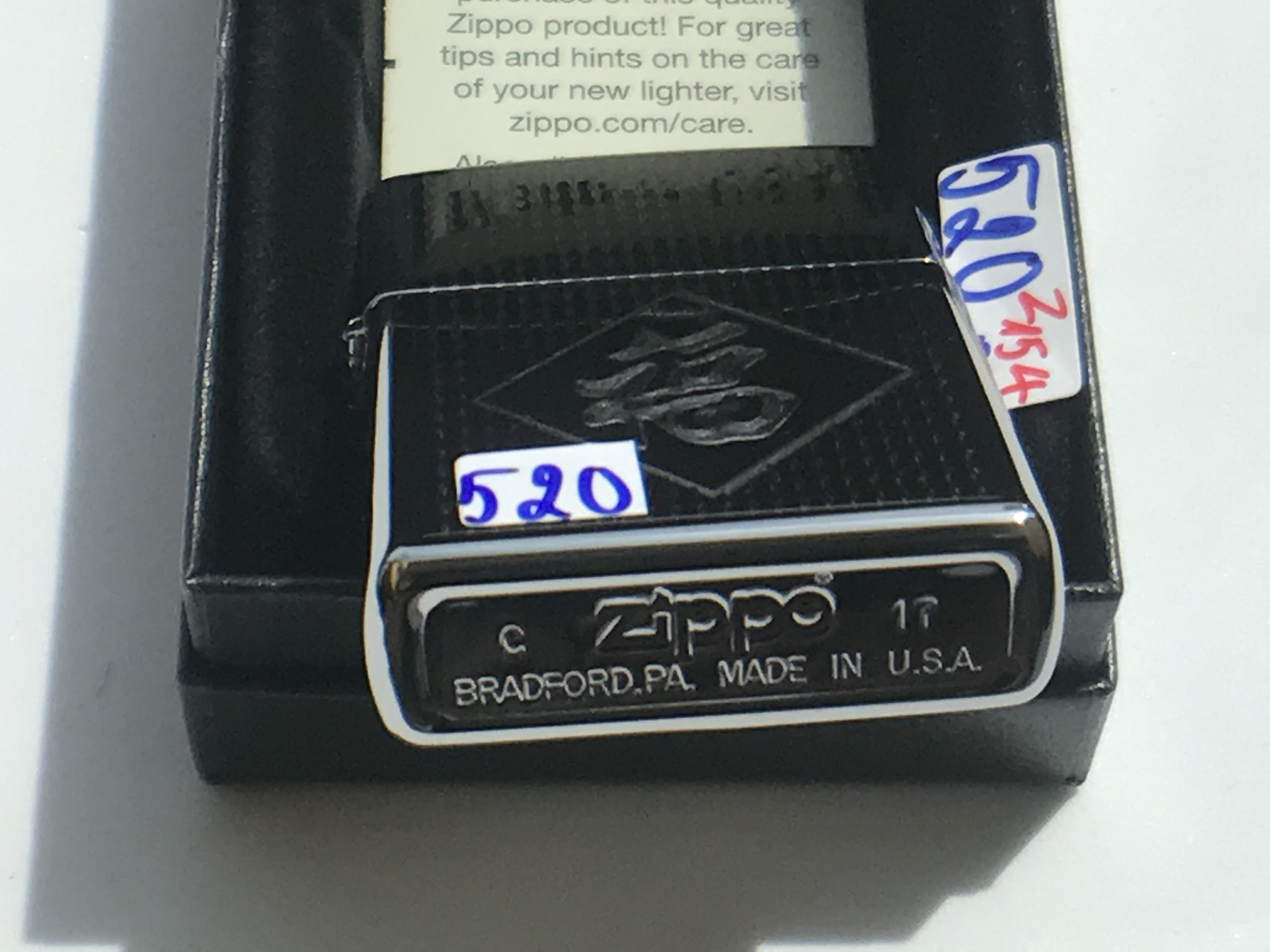 Zippo khac 3D 2 mat ntz550 2