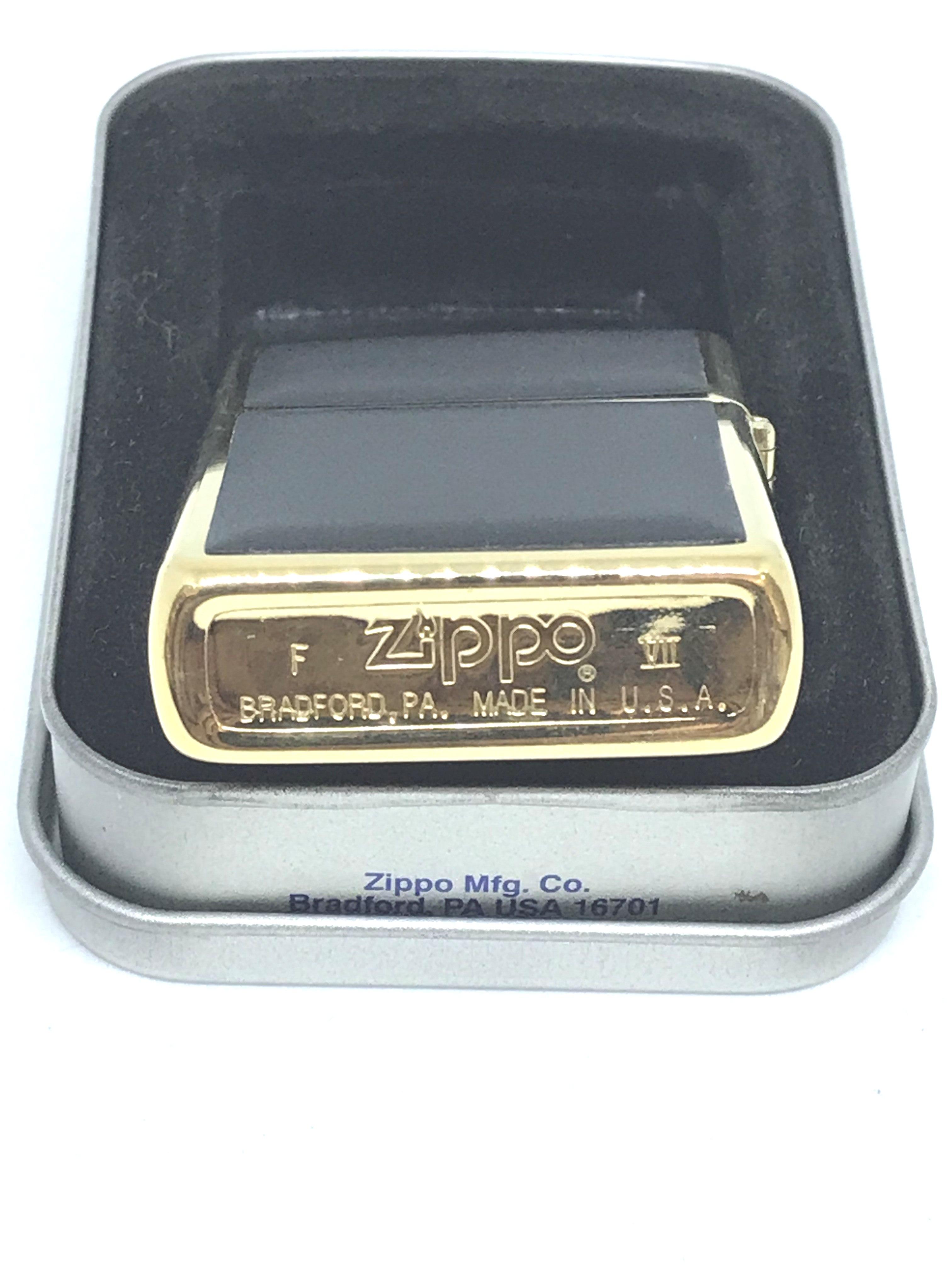 Zippo co bong ma vang mica zippo doi VII NTZ584 2