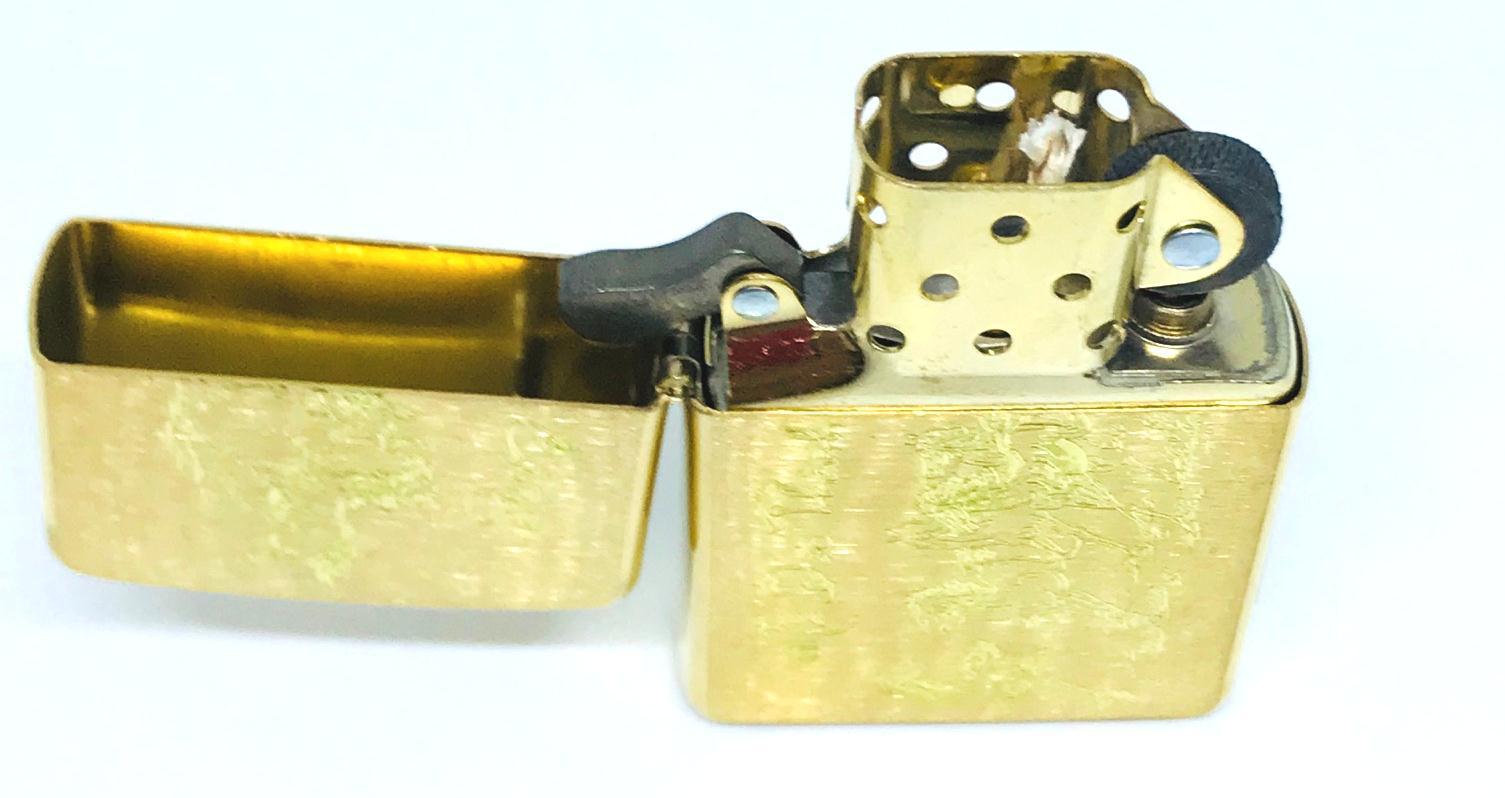 Bat lua zippo usa khac sieu sau 1 mat hinh ma dao thanh cong Z592 4
