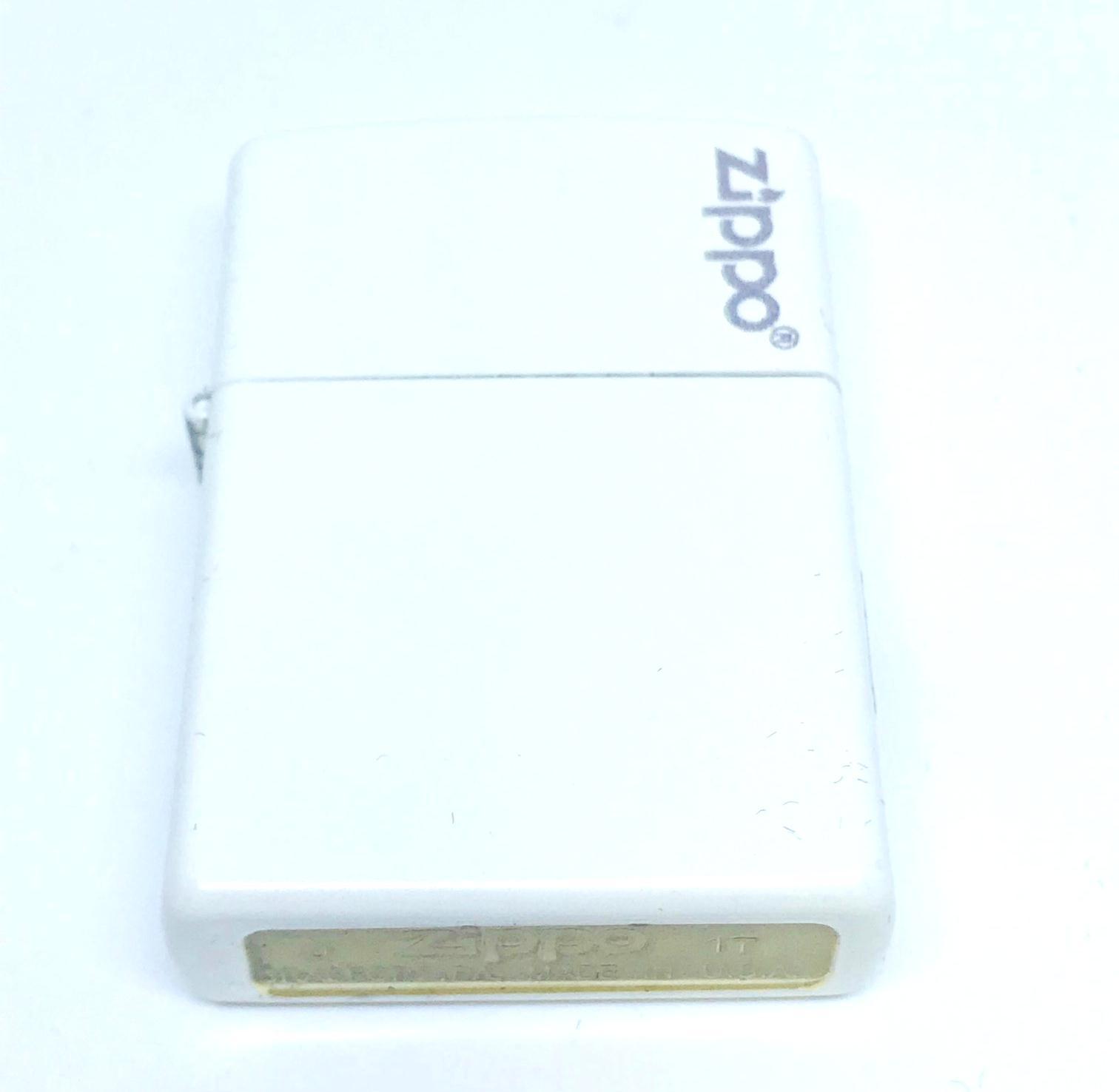 Hop quet zippo son trang logo Z601 2