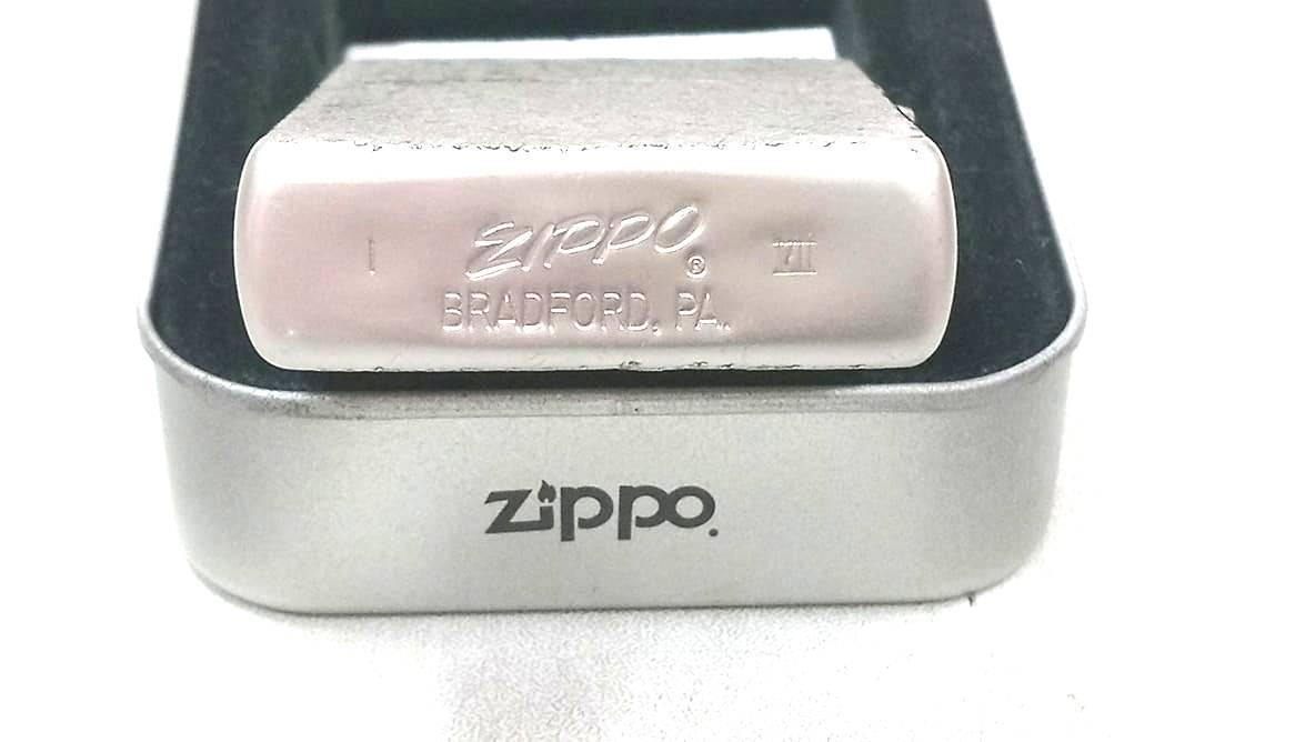 Zippo nham xuoc la ma VII chu xeo Z644 4