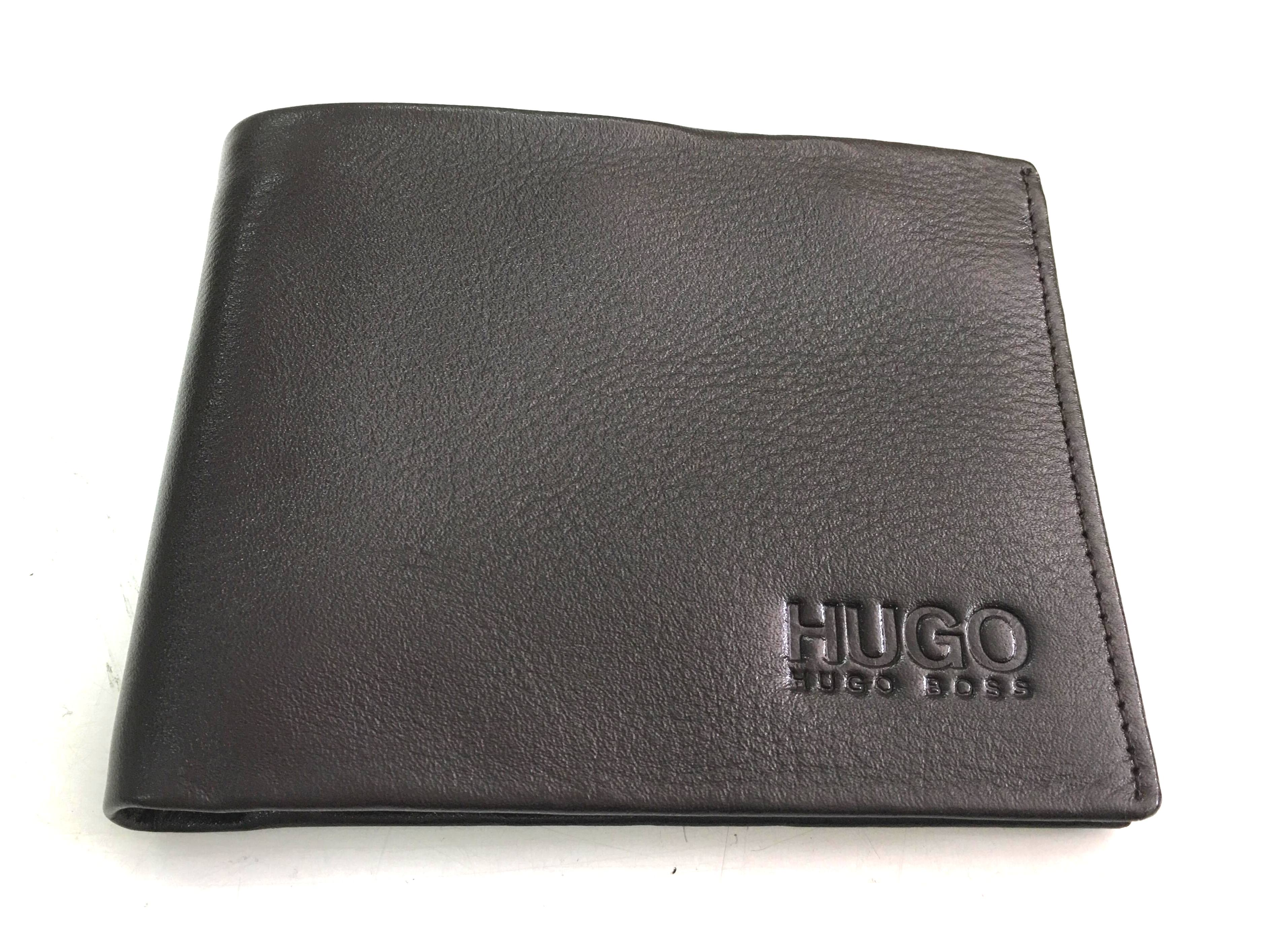 Bop nam da bo mau nau den Hugo Boss B009