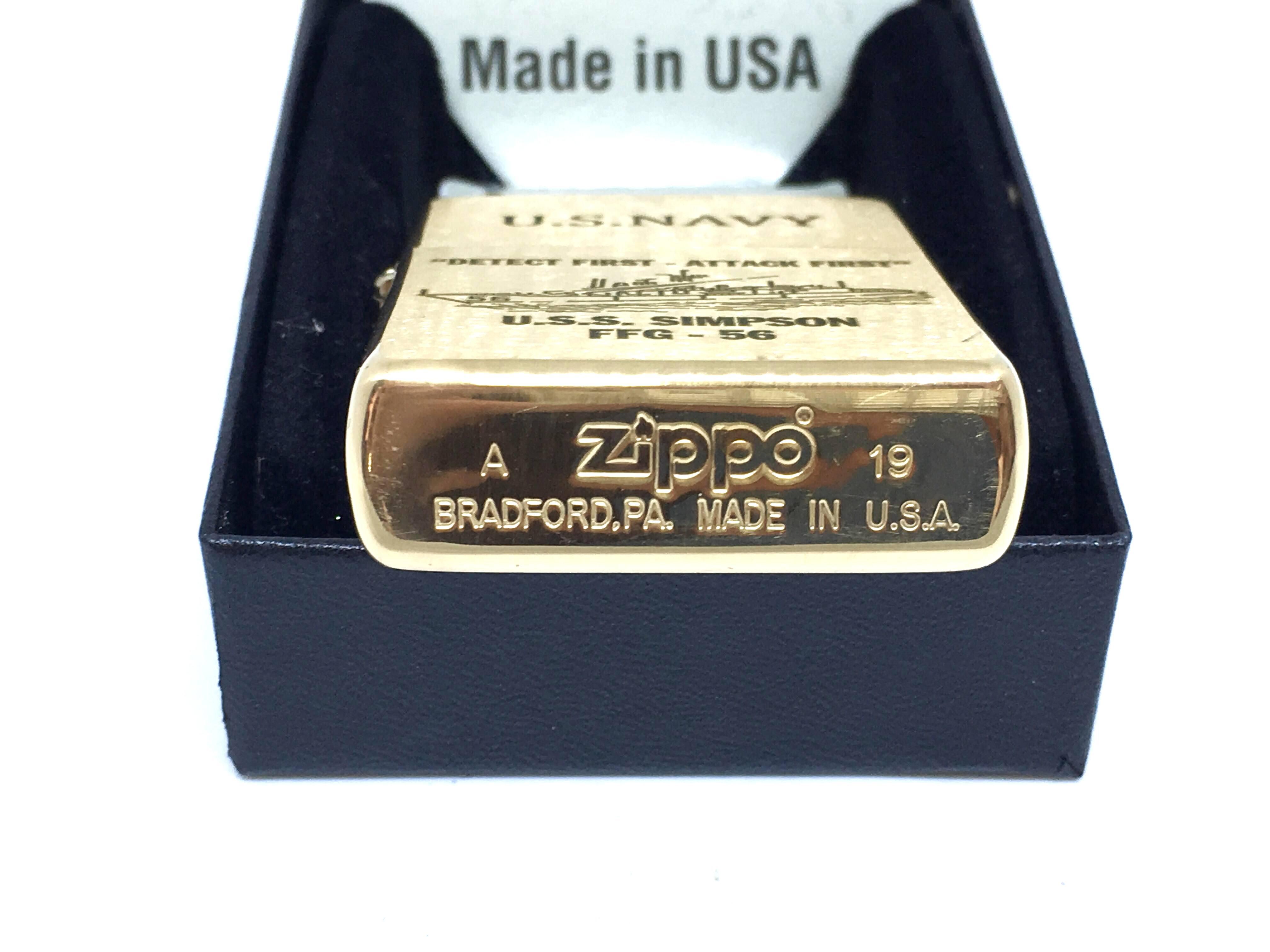 Zippo nham vang khac laze U.S.NAVY Z702 4