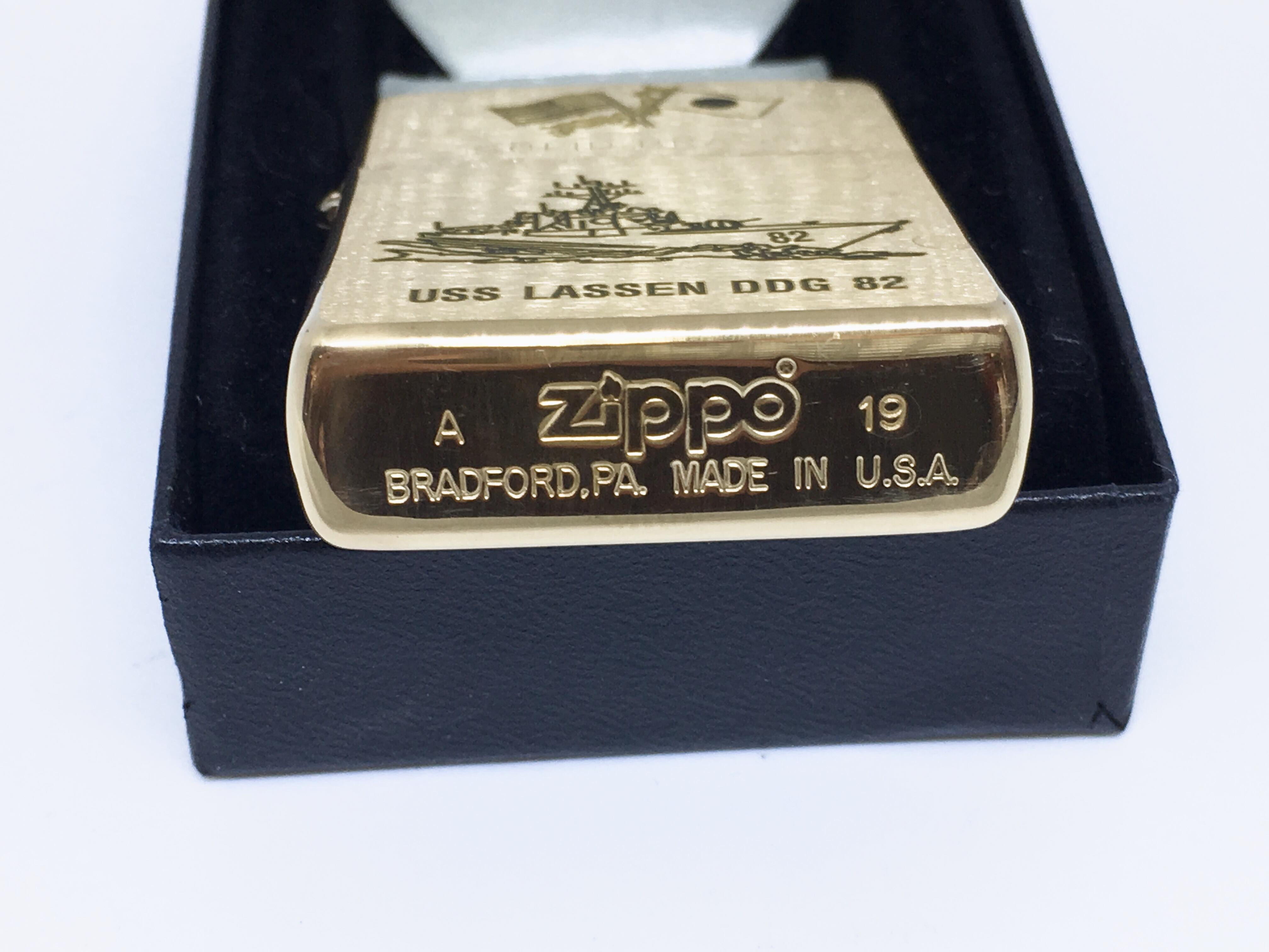 Zippo nham vang khac laze USS LASSEN DDG 82  Z704 4