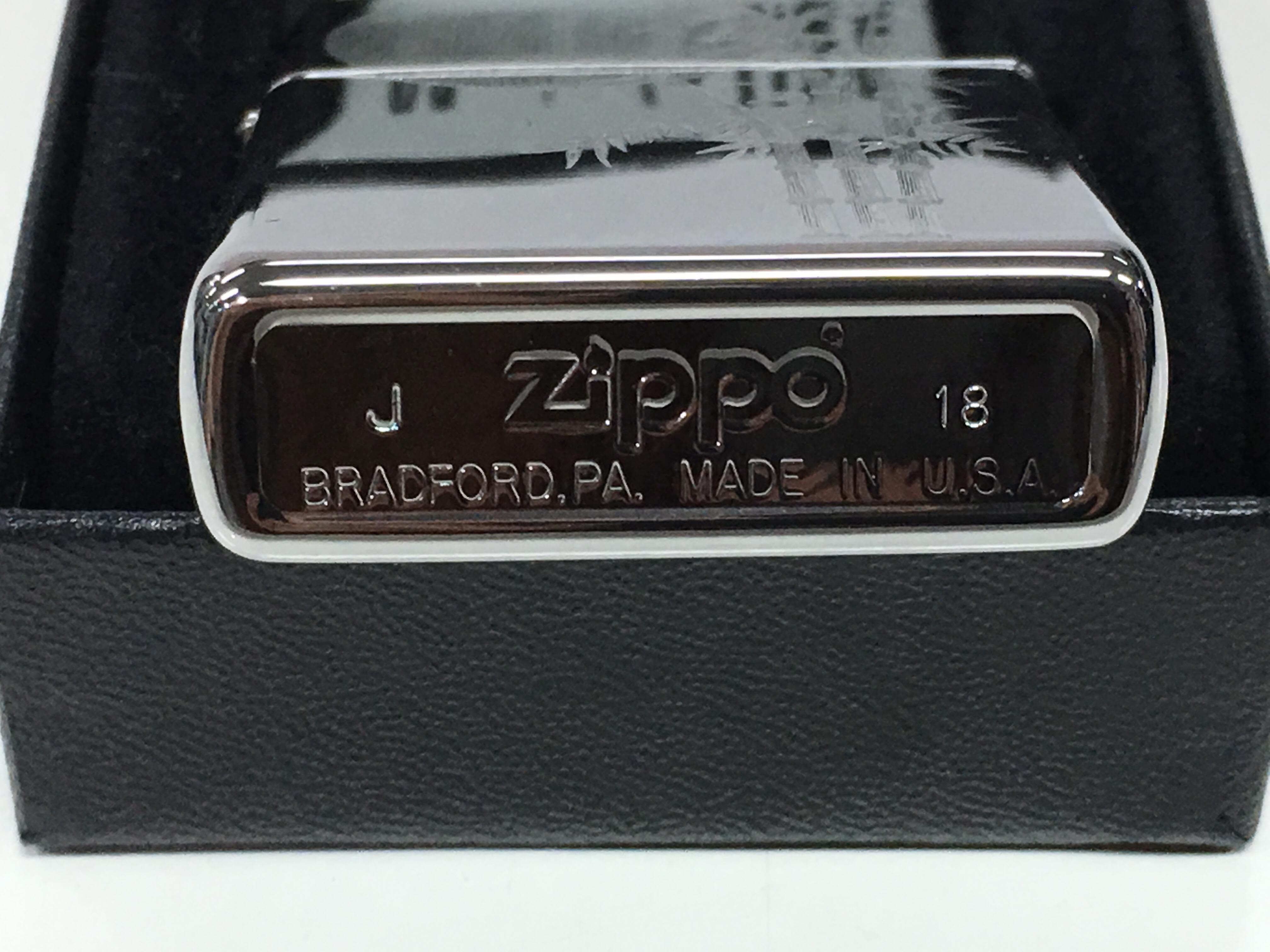 Zippo bong trang khac sieu sau 1 mat cay truc va anh trang Z724 3