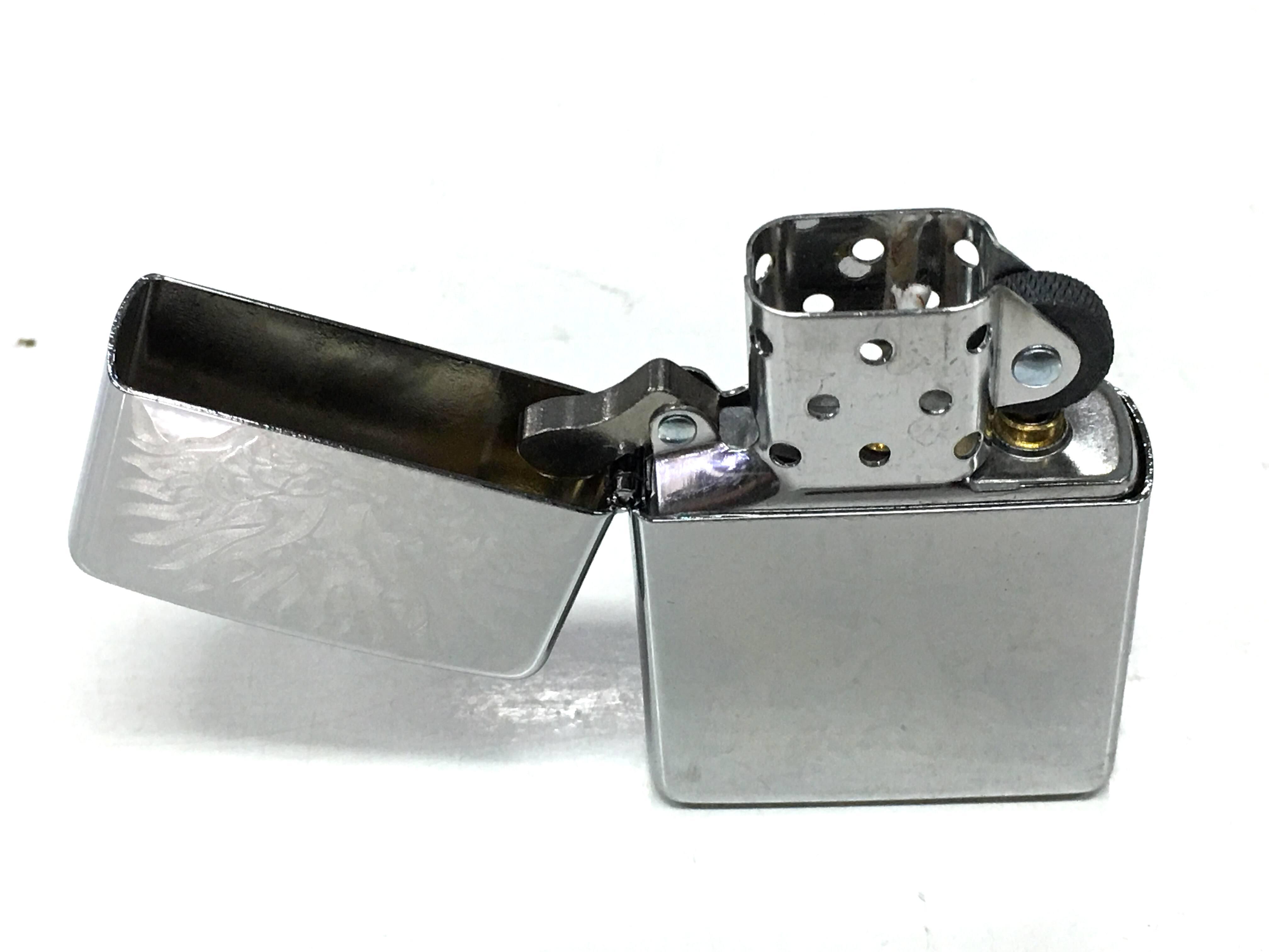 Zippo bong trang cham sau hinh con rong Z730 2