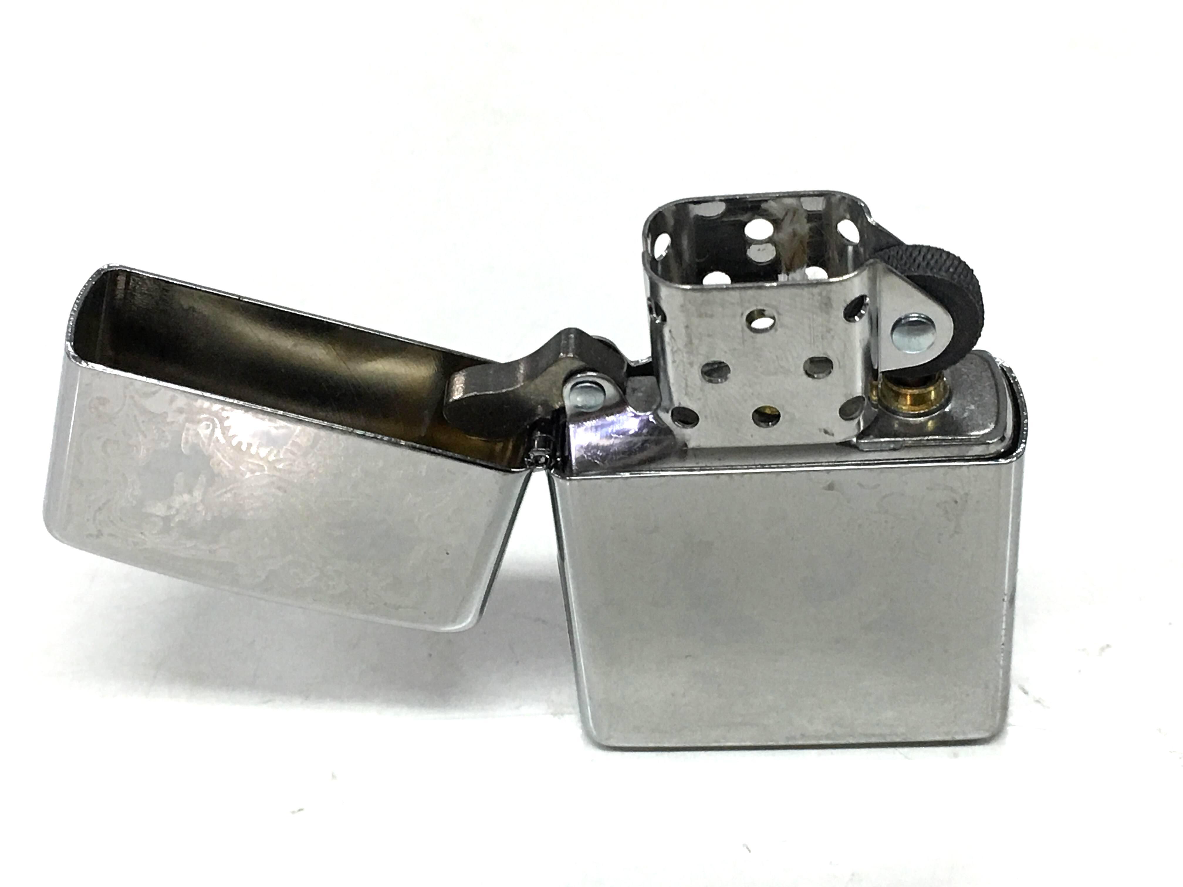 Zippo bong trang cham sau hinh con rong Z731 2
