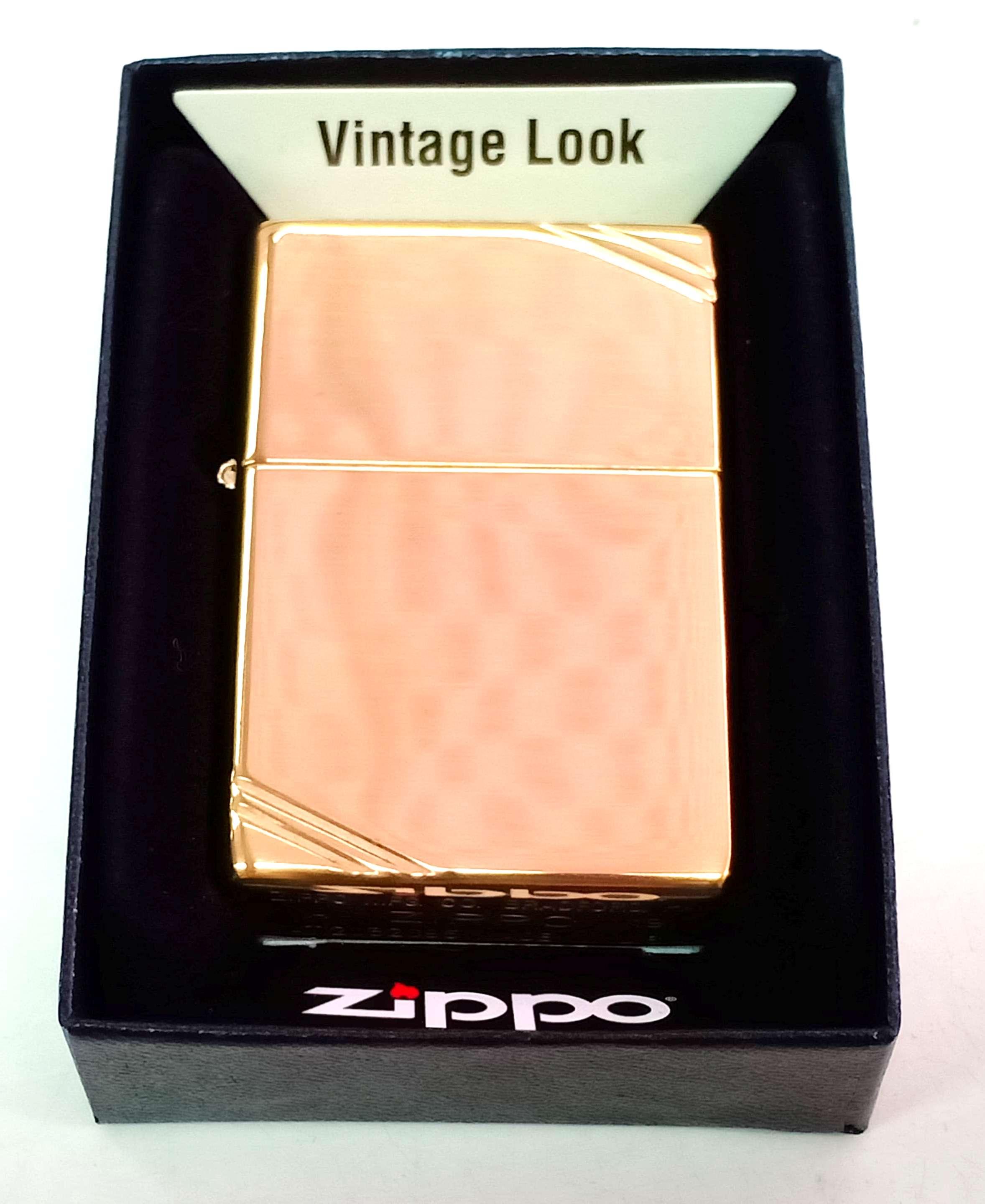 Zippo vang bong goc Vintage Look Z746