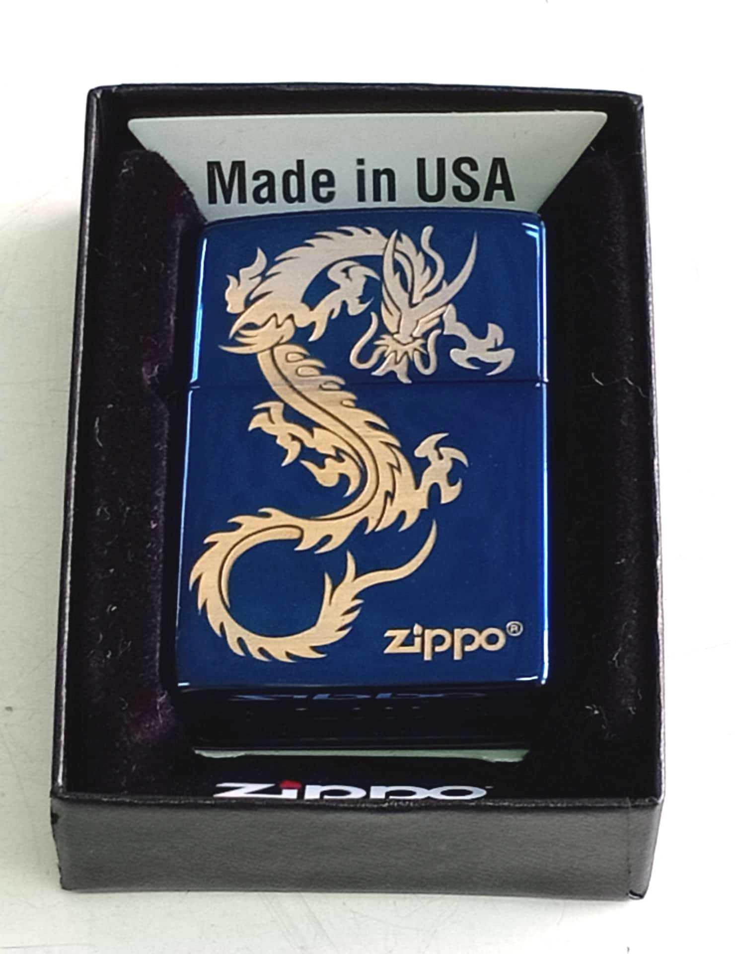 Zippo xanh saphia khac laze hinh rong logo Z768
