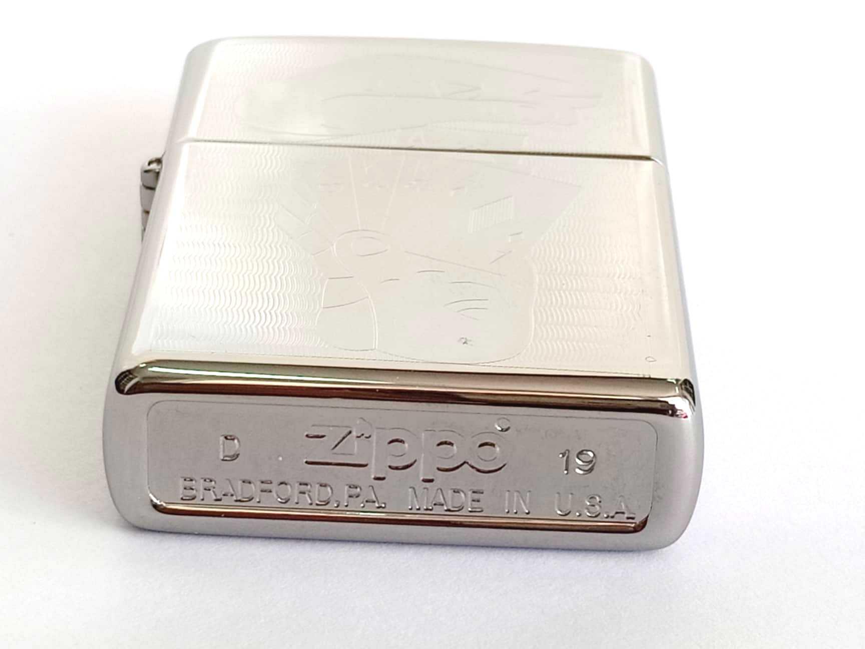 Zippo bong trang khac 2 mat hinh la bai Z793 4