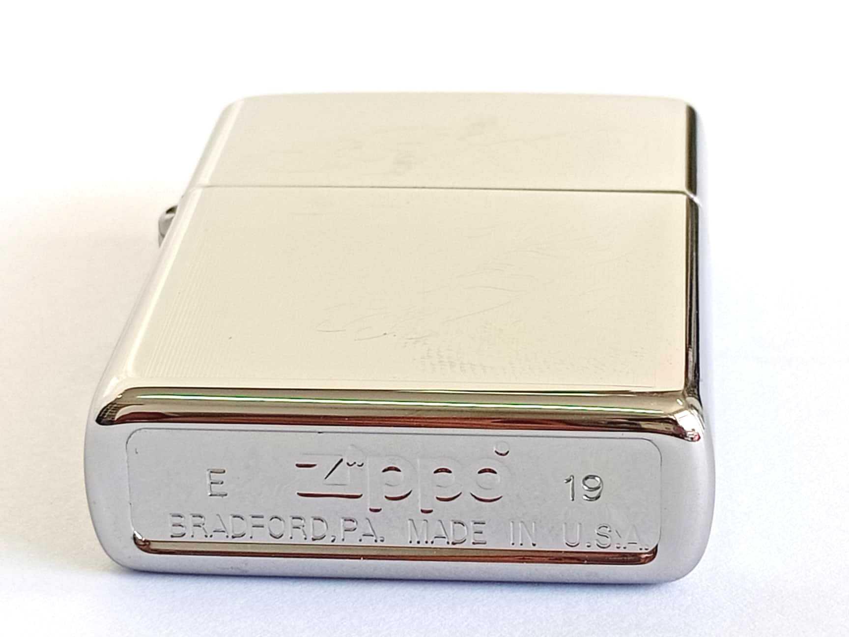 Zippo bong trang khac 2 mat hinh con ho Z794 4
