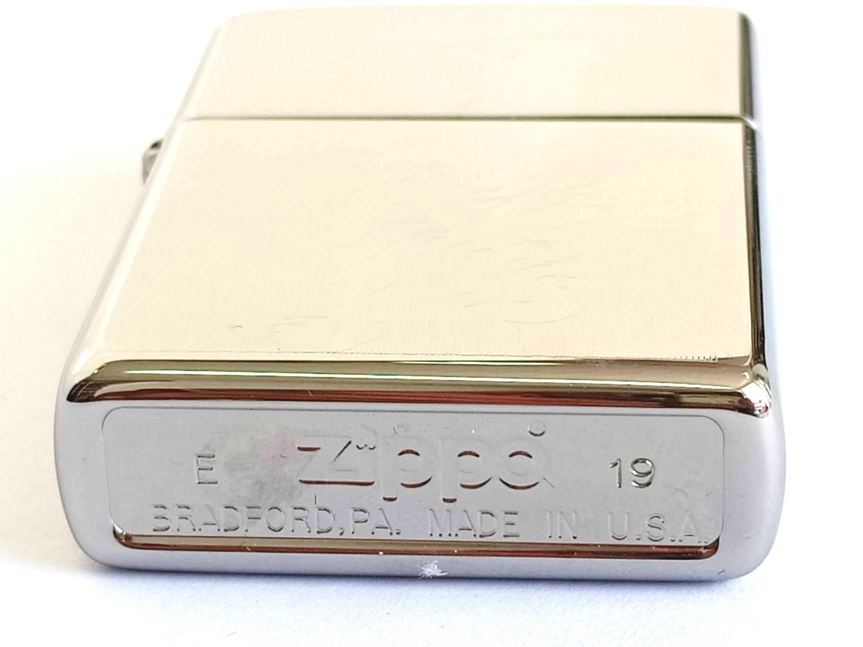 Zippo bong trang khac 1 mat hinh con ho Z797 3
