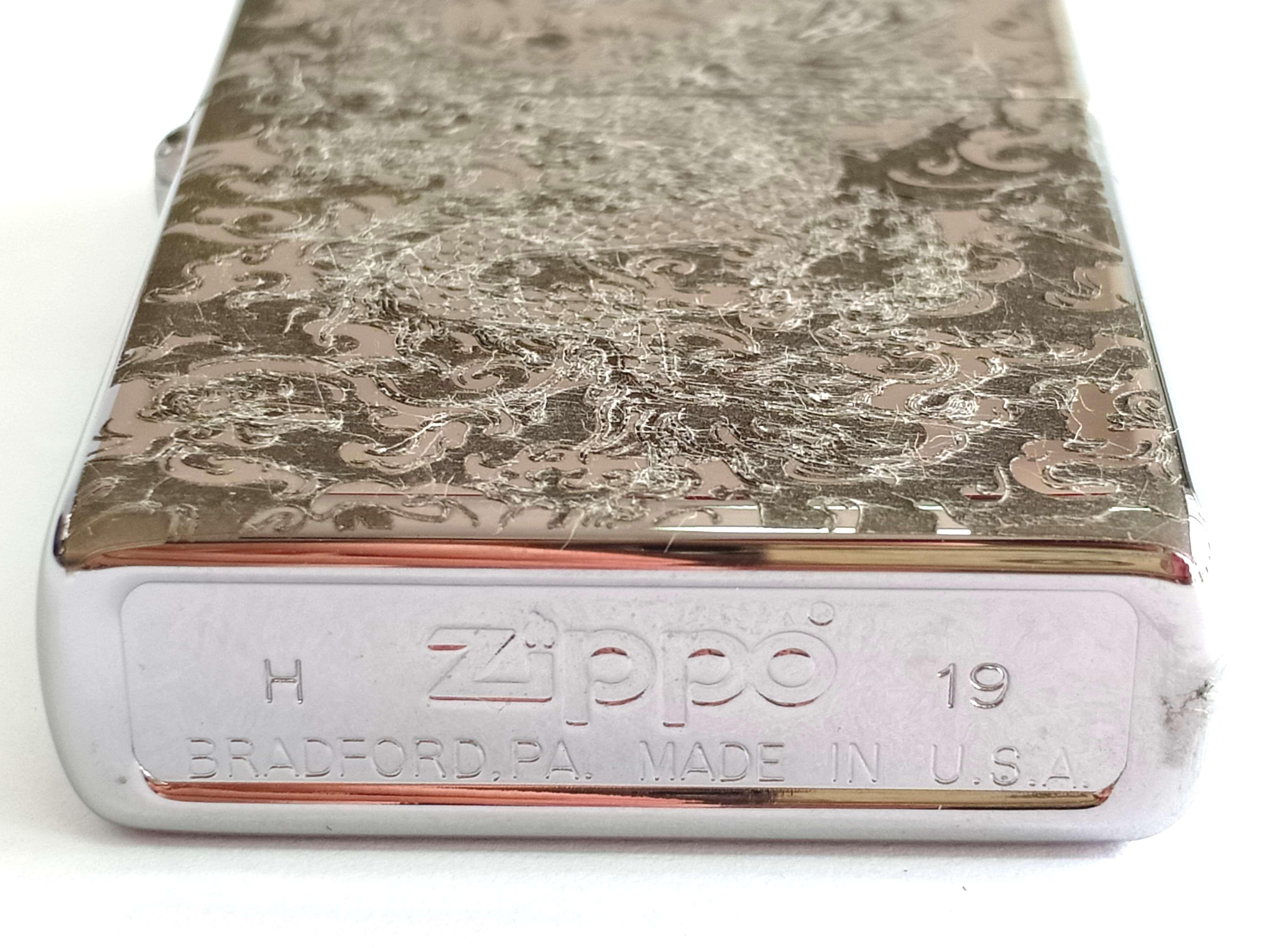 Zippo bong trang khac den hinh rong Z838 3