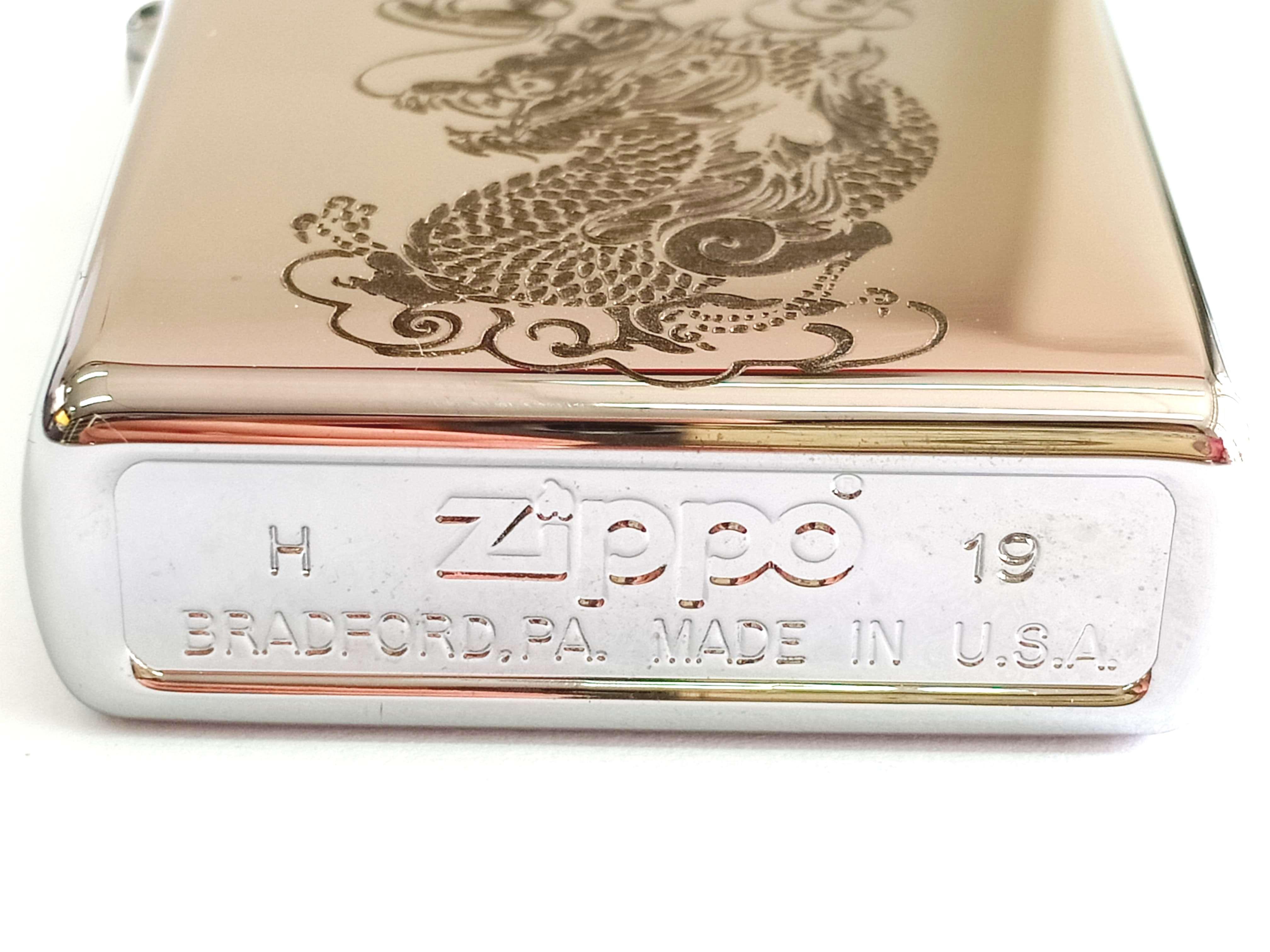 Zippo bong trang khac den hinh rong Z841 3