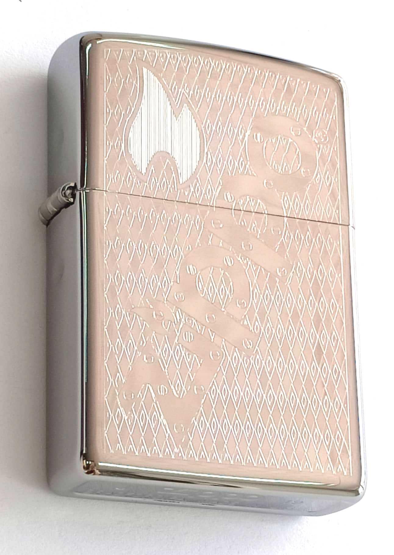 Zippo bong trang khac 1 mat chu Zippo Z845 1