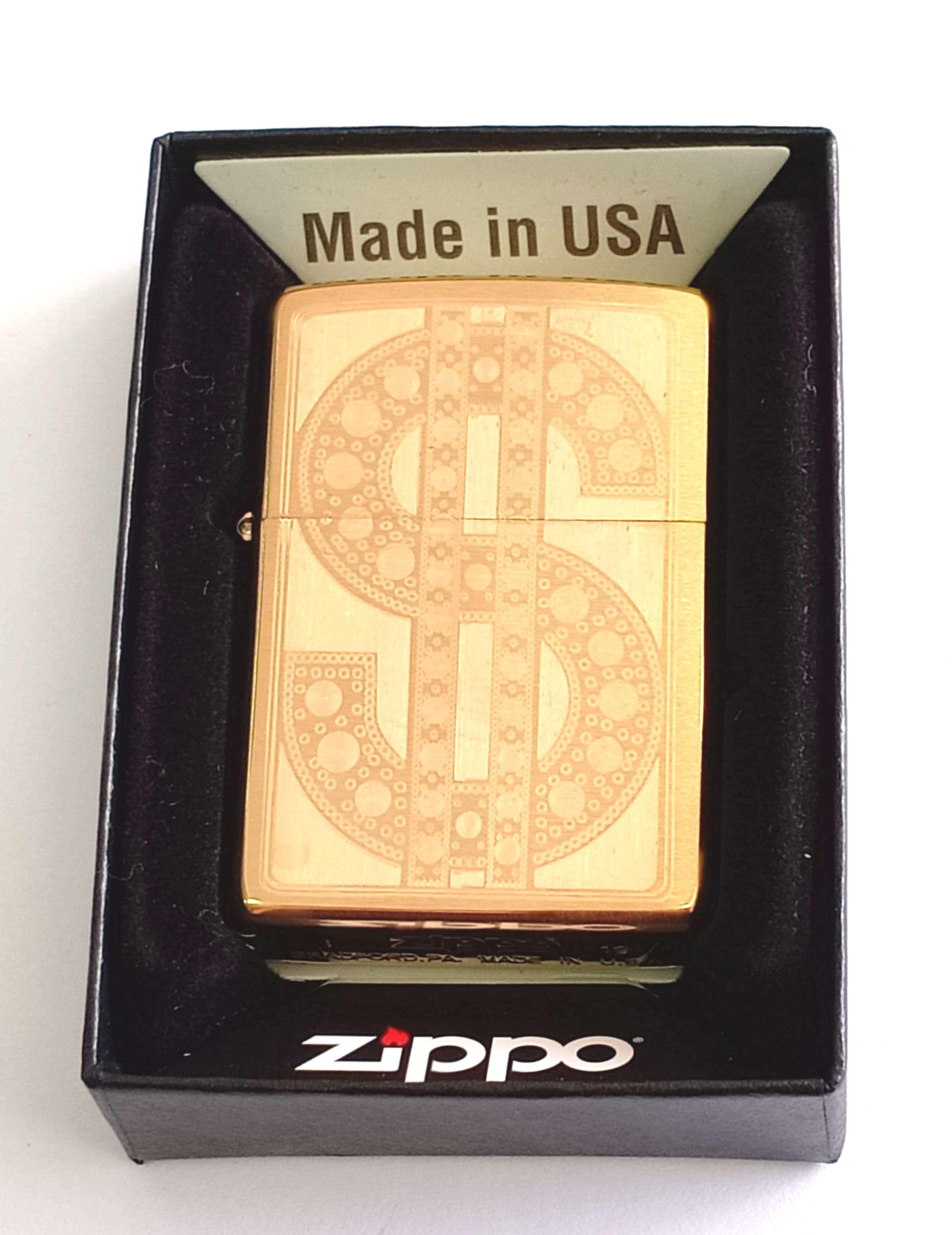 Zippo vang nham khac sau 1 mat hinh $ Z852