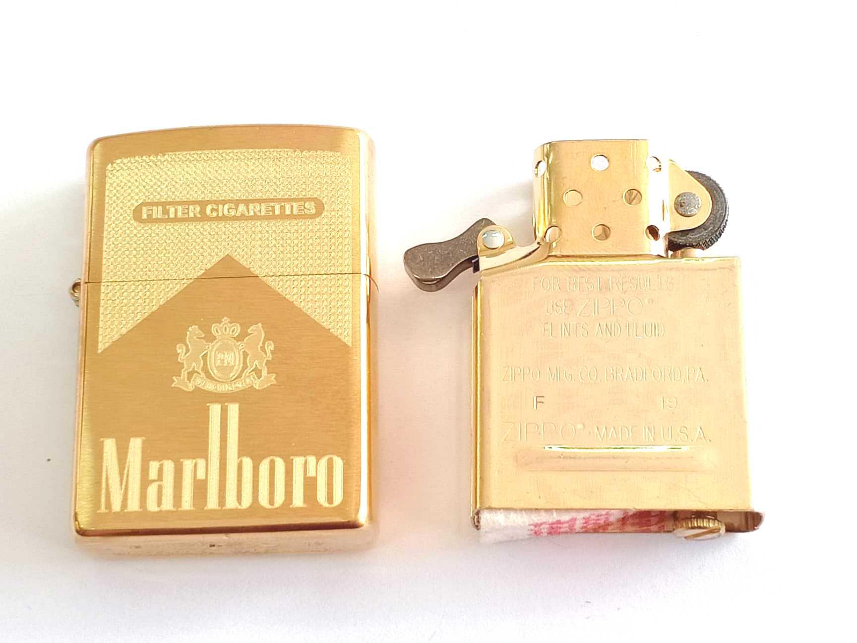 Zippo vang nham khac sau 1 mat Marlboro Z855 4