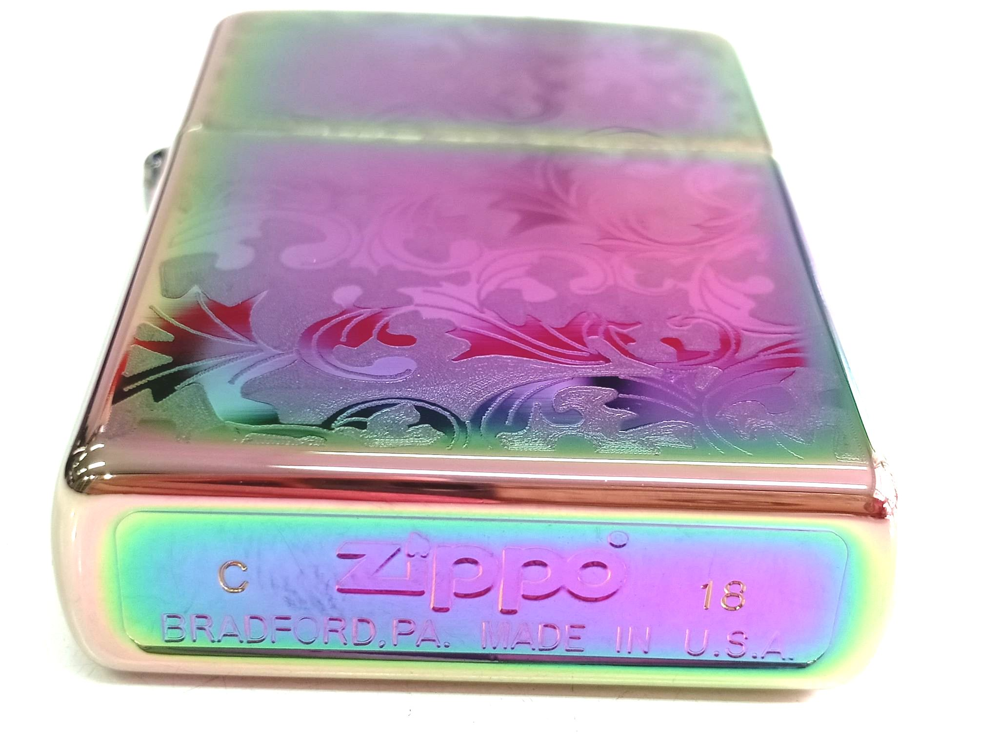 Zippo 7 mau cham hoa van Z662 3